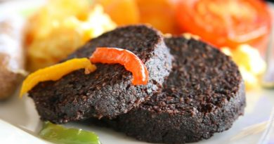 Teller mit Black Pudding