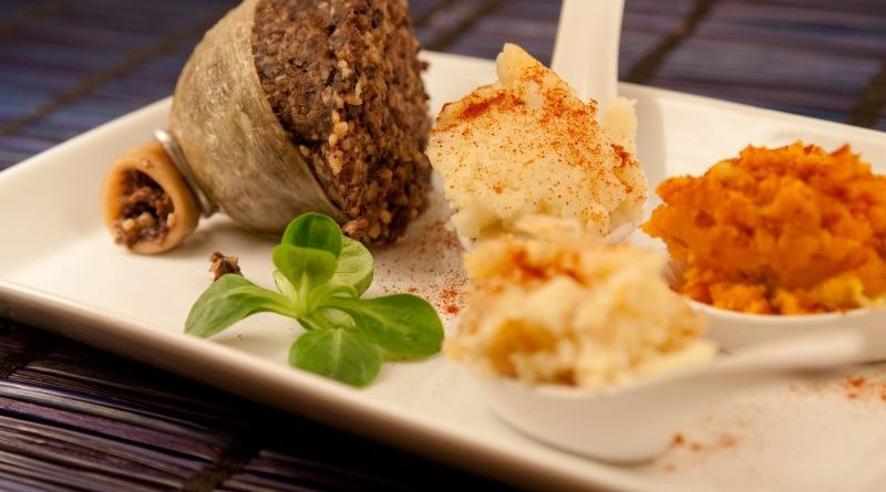 Teller mit Haggis, Neeps and Tatties